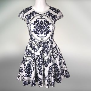 Xenia boutique dress fit & flare damask print